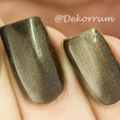 И мой первый опыт с гель лаками. Получилось толсто но на второй руке уже гораздо лучше  @masura.ru 295-02 #маникюр #маникюрныйинстаграм #дизайнногтей #ногти #craftyfingers #nails2inspire #nails