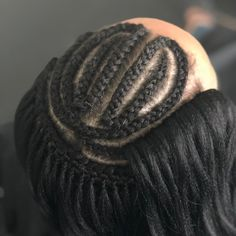 Upgrade your next #CrochetBraids appointment to a #KnotlessCrochet ✨ SEE PREVIOUS POST FOR FINISHED RESULTS ✨ _____ #protectivestyle… Crotchet Braid Pattern, Crotchet Braids, Crochet Braids Hairstyles, Black Girls Hairstyles, Short Hairstyles, Braided Hairstyles, Protective Hairstyles, Protective Styles, Braid Patterns