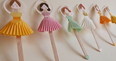 art and craft work with ice cream stick Popsicle Stick Crafts, Popsicle Sticks, Craft Stick Crafts, Diy And Crafts, Crafts For Kids, Arts And Crafts, Paper Crafts, Craft Ideas, Ribbon Crafts