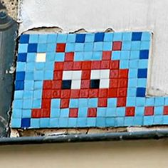 OMG!  I love this...Space Invaders pop art on tile.  I sooo want one.