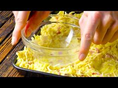21 recetas rápidas para una deliciosa tarde después del trabajo - YouTube Easy To Cook Meals, Work Meals, Fast Easy Meals, Chicken And Waffle Casserole Recipe, Chicken And Waffles, Cooking Tips, Cooking Recipes, Breakfast Recipes, Dinner Recipes