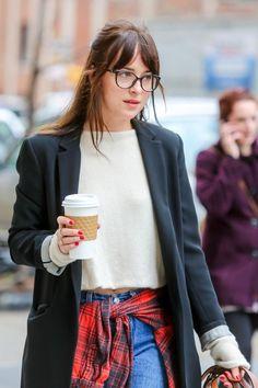 She look's so cute and sexy!! #DakotaJohnson