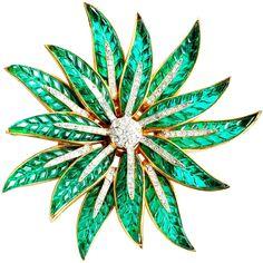 TRIFARI 'Alfred Philippe' Invisibly Set Simulated Emerald and Diamante 'Poinsettia' Pin
