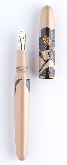 Camellia design fountain pen by NAKAYA FOUNTAIN PEN, Japan