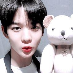 배진영 (Bae JinYoung) Produce101 Season  2