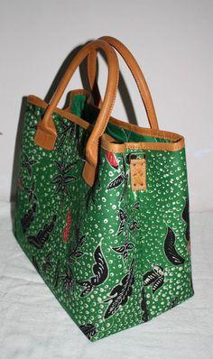 Arimbi Green Floral Bag (New) - Djokdja Batik and Handicraft