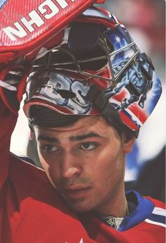 Hero of the town Goalie Gear, Hockey Goalie, Hockey Teams, Hockey Players, Ice Hockey, Hockey Stuff, Hockey Mom, Nhl, Montreal Canadiens