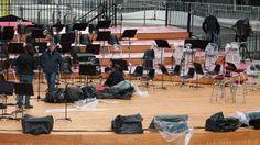 il #palco sotto la #pioggia qualche ora prima dell'evento #expo365 #expo2015 #temporeale