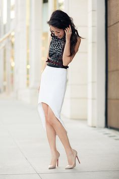 5 Chic Ways to Wear Black and White This Summer!
