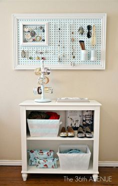 A great tutorial from @the36thavenue for this super cute pegboard jewelry storage  #pegboard #jewelryorganization #diy