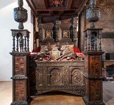 Sir John Radclyffe and Lady Anne Asshawe wedding bed, 1570.  Photo: Ordsall Hall, England