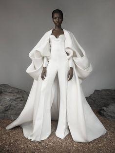 Estilo Coco Chanel, Runway Fashion, High Fashion, Ashi Studio, Haute Couture Fashion, Haute Couture Looks, Mode Outfits, Couture Collection, Designer