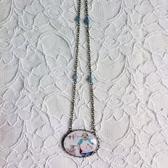 "Illustrated long necklace - ""Pâtissier"" - glass, pearls and chalcedony pearls"