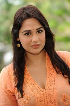 Pakistani Lady Mandy Takhar Photos  MANDY TAKHAR PHOTOS  | PINTEREST.NZ #WALLPAPER #EDUCRATSWEB