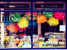 Ffenest Pasg / Easter Window