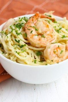 Savory, succulent Garlic Butter Shrimp paired with comforting spaghetti – an easy and quick dish for the weekday menu and perfect for a Mediterranean inspired dinner pasta rezept healthy pasta recipes Garlic Butter Pasta, Garlic Shrimp Pasta, Seafood Pasta, Pasta Food, Food Food, Fish Recipes, Seafood Recipes, Cooking Recipes, Healthy Recipes
