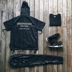 Outfit grid - Black hoodie day