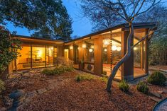 On the market: 1950s midcentury Eichler home in Walnut Creek, California, USA on http://www.wowhaus.co.uk