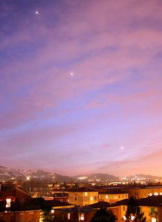 Jupiter, Venus and crescent Moon forming a straight line.