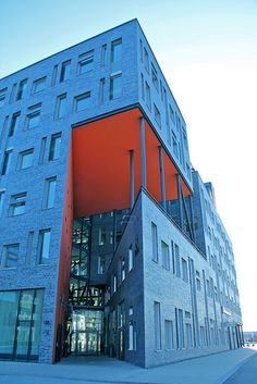 Regional Building II [Explored] by hansn, via Flickr Entrance to office for Skåne Regional Council (with competences that include health and medical services, regional growth and development, public transport, culture and cross-border and interregional cooperation). Built: 2011. Architect: Kari Nissen Brodtkorb, Norway. The building got the award for best urban building in Malmö 2011 (Swedish: Stadsbyggnadspriset 2011).