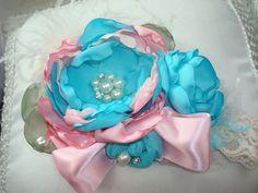 Baby Girl Flower Headband Easter Headband by lepetitejardin, $28.95                                                                                                                                                     Más