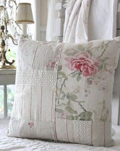 Try With Shabby Chic Home Decorating! Try With Shabby Chic Home Decorating! Shabby Chic Mode, Style Shabby Chic, Shabby Chic Decor, Vintage Decor, Vintage Style, Shabby Chic Pillows, Shabby Chic Furniture, Country Furniture, Country Decor