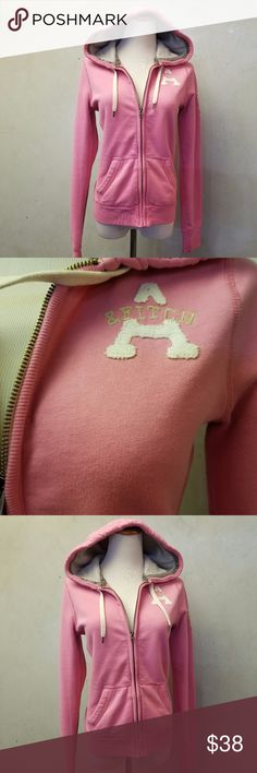 Abercrombie & Fitch pink hoodie In perfect condition Pink Abercrombie & Fitch hoodie gray thermal lining in hoodie Abercrombie & Fitch Sweaters