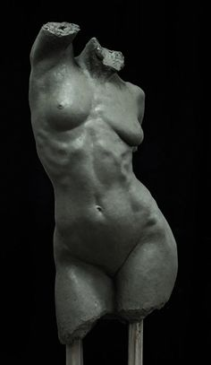 """Mitch Shea, """"Best Sculpture,"""" End of Year Graduation´s Students Awards 2012–2013, The Florence Academy of Art. Nude female torso. NSFW"""