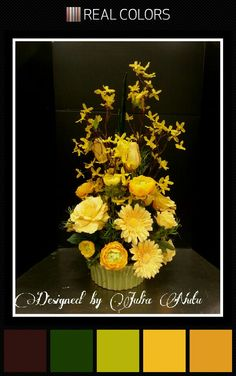 Contemporary floral design by Julia Nutu at Michaels Store Cambridge ON