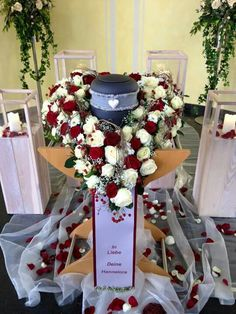 urn heart - I am Gina Graveside Decorations, Altar Decorations, Funeral Sprays, Funeral Urns, Funeral Floral Arrangements, Flower Arrangements, Mother's Day In Heaven, Casket Sprays, Memorial Flowers