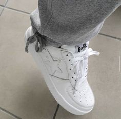 Uploaded by ɢᴡᴜᴀᴘʙʙʏ. Find images and videos on We Heart It - the app to get lost in what you love. Dr Shoes, Swag Shoes, Hype Shoes, Me Too Shoes, Shoes Heels, Mode Ootd, Aesthetic Shoes, Fresh Shoes, A Bathing Ape