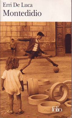 """#littérature italienne : Montedidio - Erri De Luca. Gallimard/Folio, 09/2004. 240 pp. """" Chacun de nous vit avec un ange, c'est ce qu'il dit, et les anges ne voyagent pas, si tu pars, tu le perds, tu dois en rencontrer un autre. Celui qu'il trouve à Naples est un ange lent, il ne vole pas, il va à pied : """"Tu ne peux pas t'en aller à Jérusalem"""", lui dit-il aussitôt. Et que dois-je attendre, demande Rafaniello. """"Cher Rav Daniel, lui répond l'ange qui connaît son vrai nom, tu iras à (...) """""""