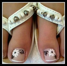 Toenails design - cool photo