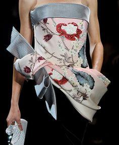 kimono like - Armani Privé fashion haute couture Fall 2011
