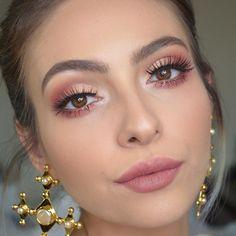 Apr 2020 - 3 Looks mit Anastasia Beverlyhills Modern Renaissance Palett .- 3 Looks mit Anastasia Beverlyhills Modern Renaissance Palette … Tutorial up o … – Makeup – - Pink Makeup, Glam Makeup, Bridal Makeup, Makeup Tips, Bridal Nails, Makeup Ideas, Mod Makeup, Easy Makeup, Makeup Hacks