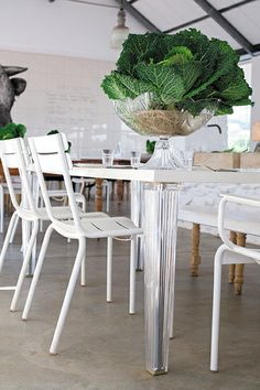 http://www.fermob.com/en/Browse-our-furniture/Flagship-collections/Luxembourg Les chaises Luxembourg au restaurant, Babylonstoren (Le Cap)
