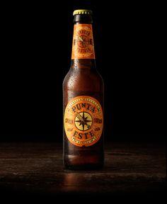 Branding and packaging for Punta Este, a new beer from Estrella de Levante.