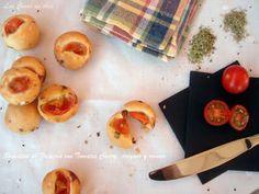 Las Cosas de Ana: BOCADITOS DE FOCACCIA con tomates cherry, orégano y romero.