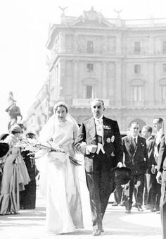 misshonoriaglossop:  Princess Maria de las Mercedes of Bourbon-Two Sicilies, on the arm of her soon to be father-in-law King Alfonso XIII of Spain, on the day of her wedding to Infante Juan, Count of Barcelona, Rome, October 12, 1935; the Count and Countess of Barcelona were the parents of King Juan Carlos I and grandparents of King Felipe VI of Spain
