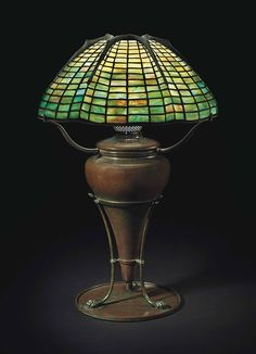 Masterworks by Tiffany Studios: A Sutton Place Collection Louis Comfort Tiffany, Antique Lamps, Antique Lighting, Vintage Lamps, Tiffany Art, Tiffany Glass, Art Nouveau, Stained Glass Lamps, Leaded Glass