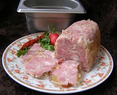 W Mojej Kuchni Lubię.. : szynkowar-karkówka pyszna do pieczywa... Home Made Sausage, Cold Cuts, Tasty, Yummy Food, Polish Recipes, Polish Food, Kielbasa, Smoking Meat, Charcuterie