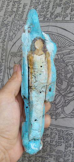 Acrylbild eines Engels auf Treibholz. Für jemand ganz besonderen... Der Engel ist mit Acrylfarben auf ein Stück Treibholz gemalt. Den kannst Du immer und überallhin mitnehmen! Signiertes Original.