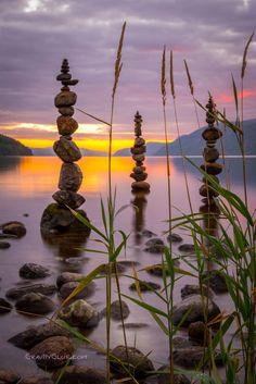 A fun image sharing community. Explore amazing art and photography and share your own visual inspiration! Amazing Nature, Amazing Art, Michael Grab, Stone Balancing, Rock Sculpture, Organic Art, Environmental Art, Stone Art, Rock Art