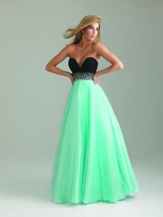 I absolutely love this dress.. not sure where I'd wear it, but the colors together are so pretty.
