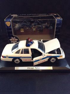 1993 ertl ace hardware 1905 ford delivery car coin bank for Chicago motors used police cars
