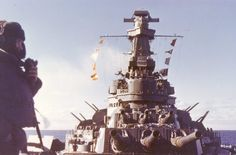 USS Alabama at sea shortly after her commissionin Dec アラバマ Military Units, Military Weapons, Military History, Uss Oklahoma, Uss Alabama, Us Battleships, Casco Bay, Pearl Harbor Attack, Naval History
