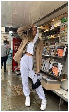 Indie Outfits, Winter Fashion Outfits, Retro Outfits, Look Fashion, Fall Outfits, Trendy Winter Outfits, Trendy Fashion, Cold Day Outfits, Fashion Women