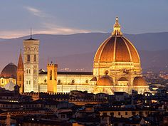 Catedral de Florencia al anochecer