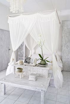 Want romance in the bedroom? Well make one of these dreamy DIY canopy bed ideas, and you've got it! (A romantic BEDROOM, that is!