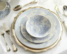 Blue porcelaine